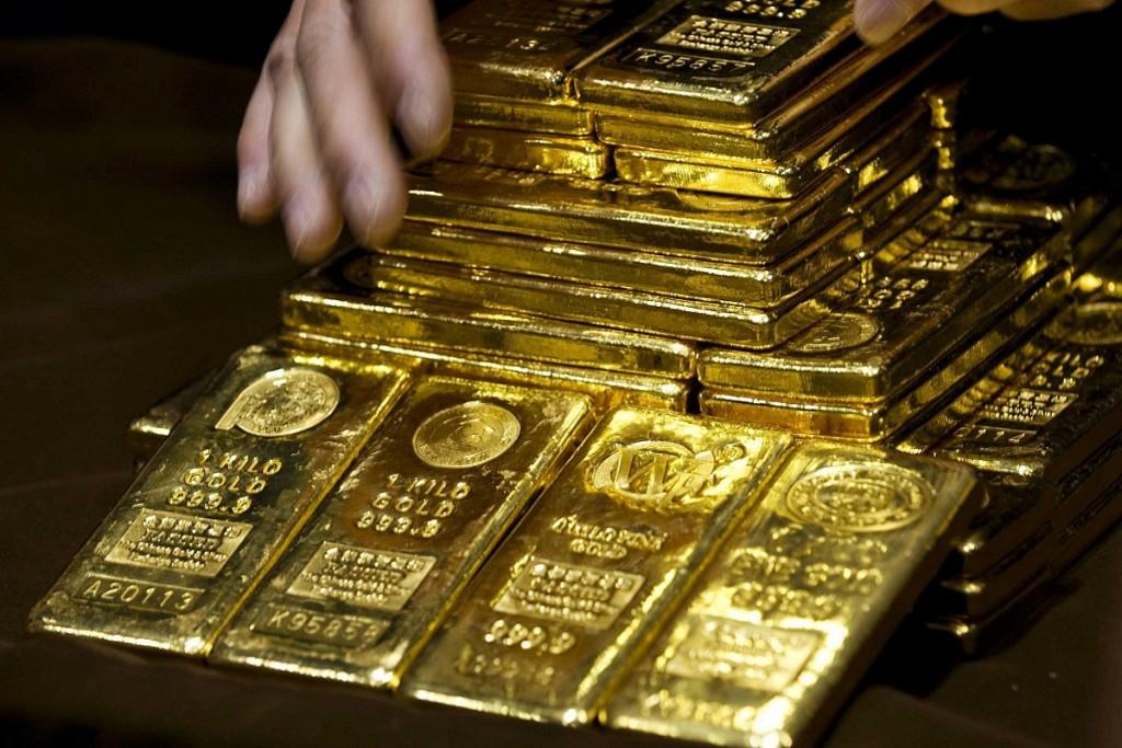 Altın İsviçre ile Güçleniyor
