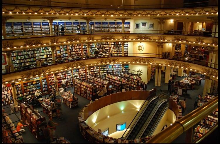 Dünyanın En Ünlü ve İhtişamlı 10 Kütüphanesi