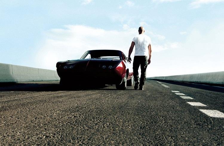 Dünyanın En Pahalı 10 Film Arabası