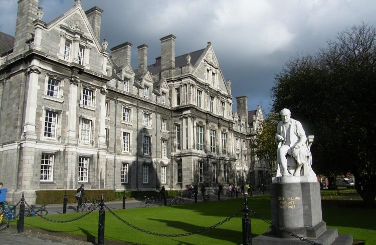 En Pahalı Kolej ve Üniversiteler