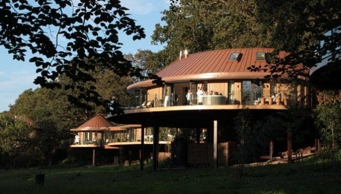 Chewton Glen Ağaç Evleri - İngiltere