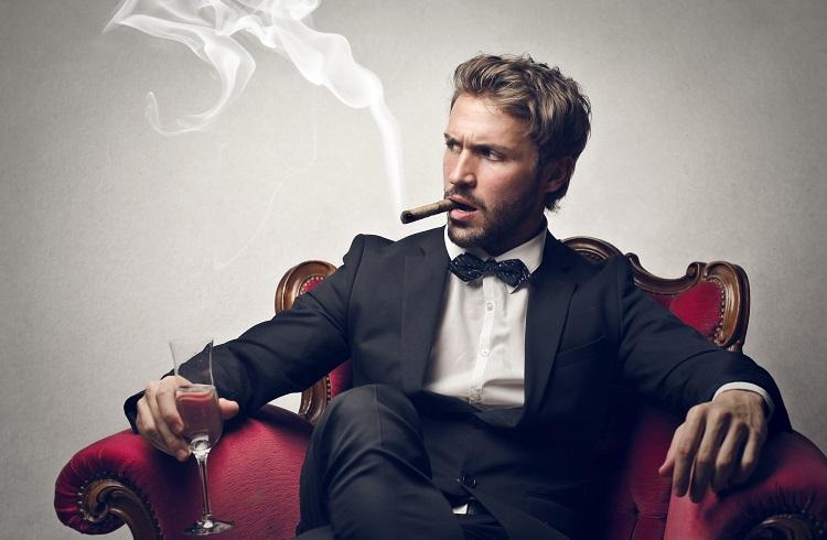 Kızların Zengin ve Bekar Erkekler Hakkında Merak Ettiği 10 Gerçek