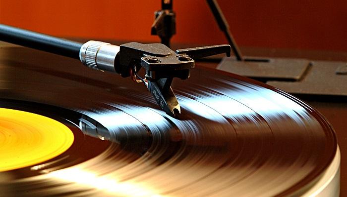 Vinyl Plak