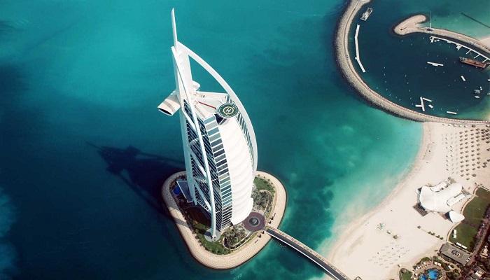Burj Al Arab'ın Eşsiz Mimarisi