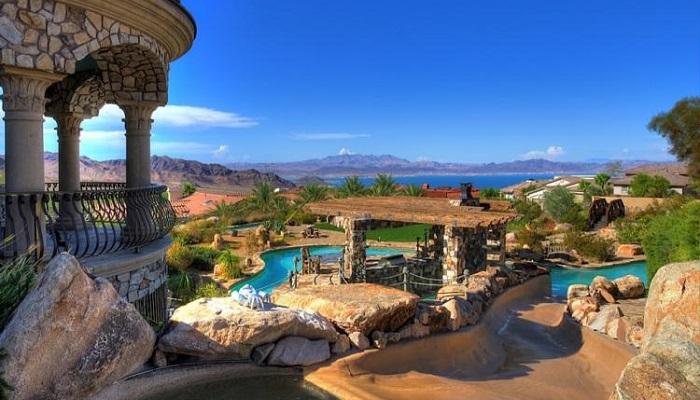 Konak ve Su Parkı - Boulder City/Nevada
