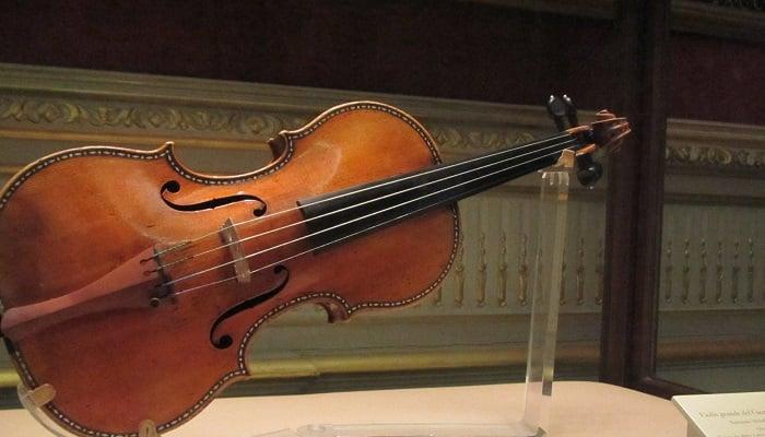 Stradivarius Keman