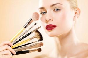Dünyanın Marka Değeri En Yüksek Makyaj Firmaları