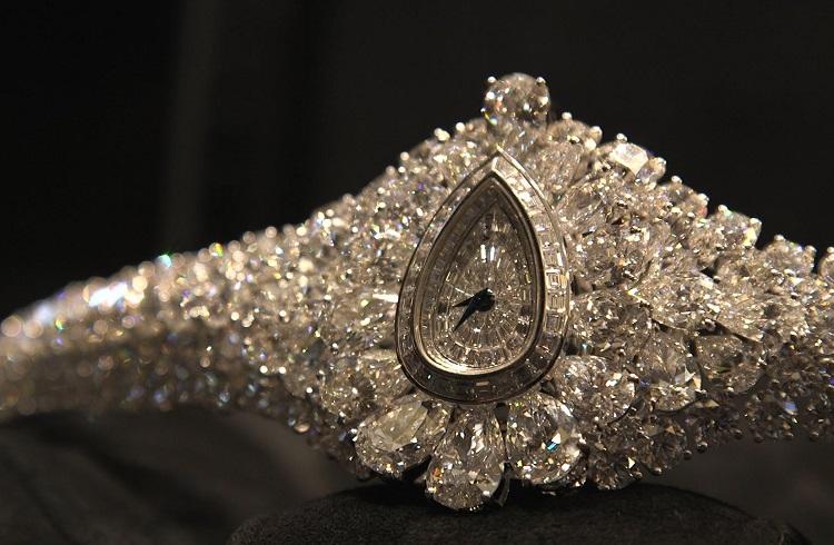 """Graff Diamonds Markasının Yeni Tasarımı: """"The Fascination"""""""