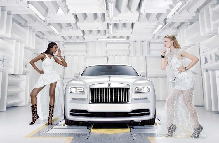 Modadan İlham Alan Rolls-Royce Wraith