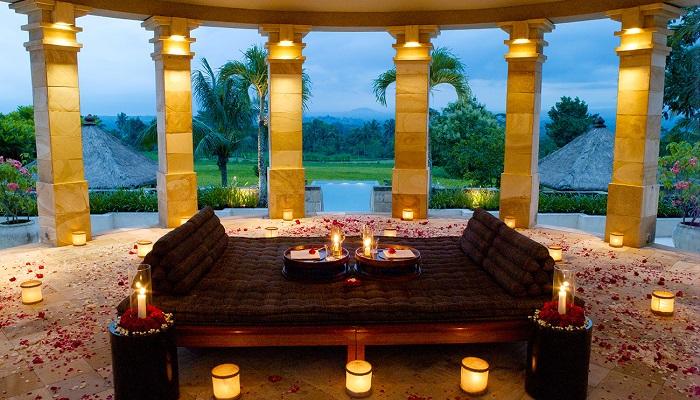 Amanjiwo Aman Resort - Cava Adası
