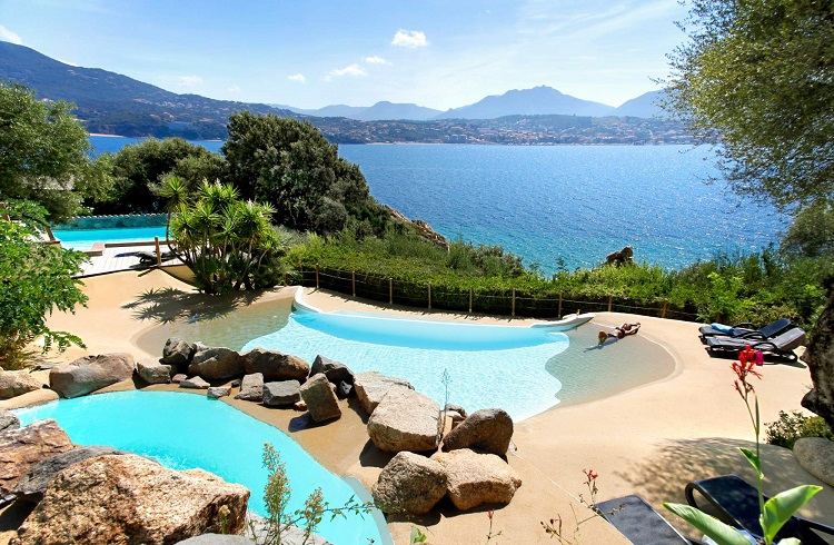 "Denize Sıfır Olağanüstü Bir Otel: ""Marinca Hotel&Spa"""
