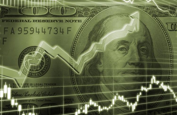 Dolar 2,70 Liranın Üzerini Gördü