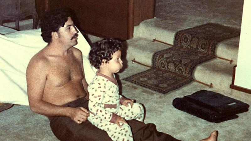 Escobar her ne kadar suçlu da olsa, aynı zamanda fedakar ve iyi bir babaymış