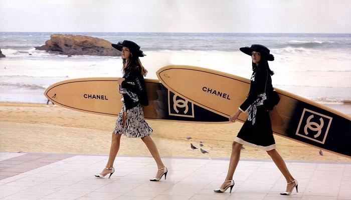 Chanel Sörf Tahtası