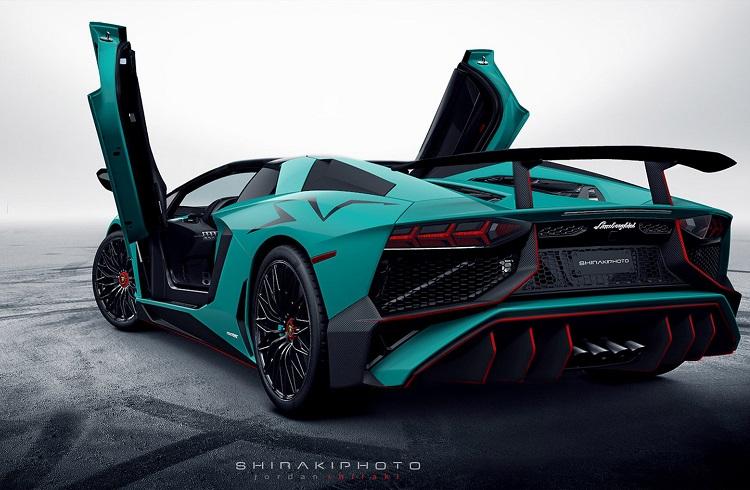 Yeni İtalyan Canavarı: Lamborghini Aventador 750-4 Superveloce Roadster