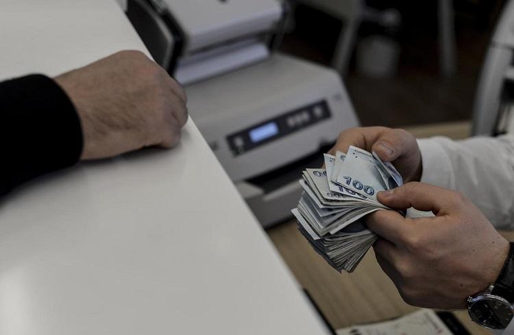 Türk Bankaları mı, Döviz mi Daha Karlı?