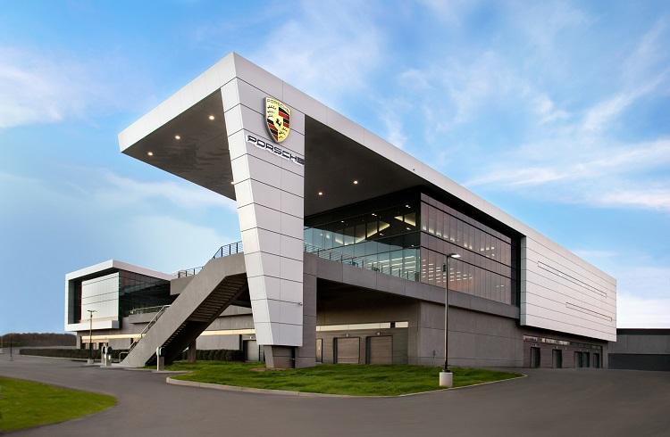 Porsche Atlanta Test Merkezi ve Restoran 356