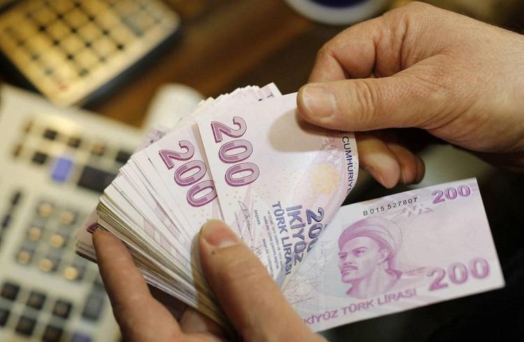 Türk Lirası Sert Düşüşlerini Sürdürüyor
