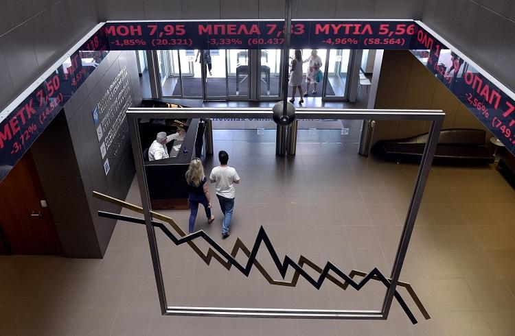 Yunan Borsası Açıldı ve Çöktü!