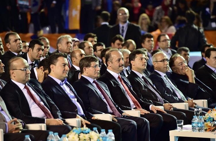 AKP'nin Yeni Ekonomi Yönetiminde Kimler Yer Alacak?