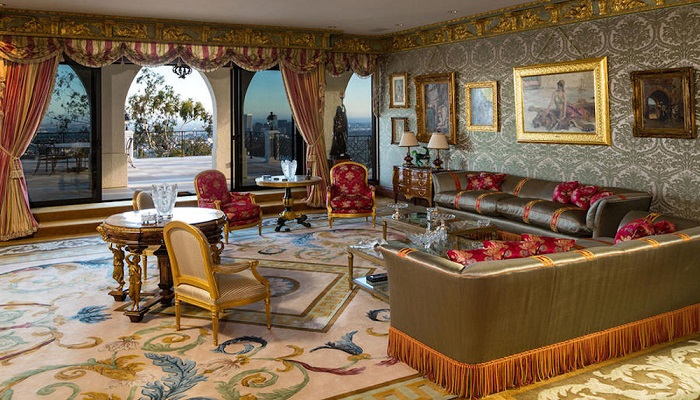 Beverly Hills'de Bulunan Malikaneyi Bu Kadar Pahalı Yapan Ne?