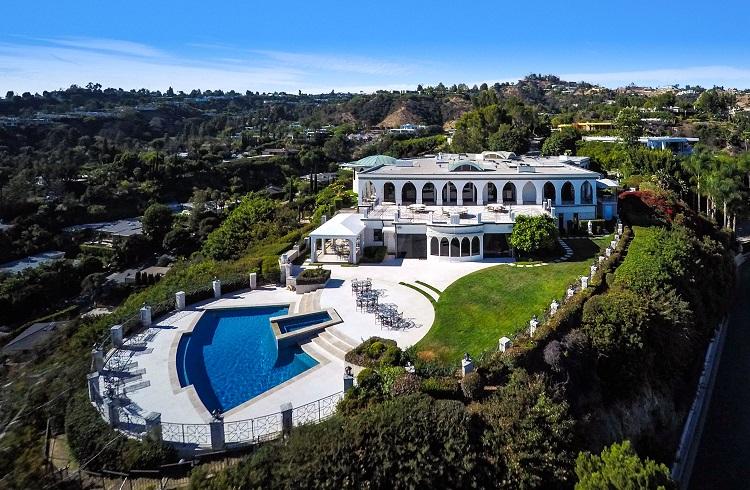 Beverly Hills'te Satışa Sunulan 135 Milyon Dolarlık Malikane!