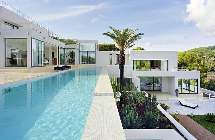 """Ibiza'da Eşsiz Bir Restorasyon: """"Casa Jondal"""""""