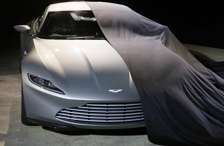 """James Bond Aston Martin Ortaklığının 50. Yılına Özel: """"DB9 GT Bond Edition"""""""