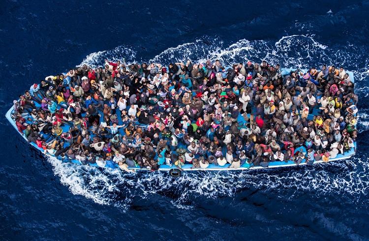Mısırlı Milyarderin Göçmenler için Sunduğu Ada Önerisi