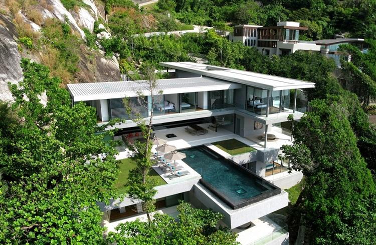"""Phuket Adası'nda Lüks Konaklama İmkanı: """"Villa Amanzi"""""""