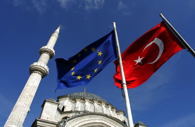 AB Türkiye'ye Vereceği Ödünleri Belirledi