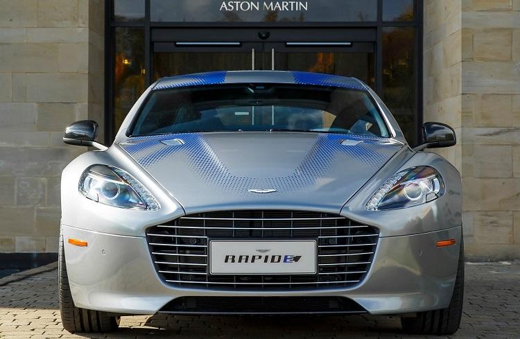 "Aston Martin'in Yeni Konsepti: ""RapidE"""