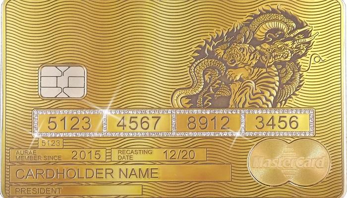 Aurae Solid İmzasıyla Gold Mastercard
