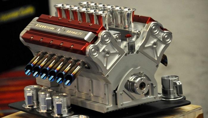 V12 Engine Kahve Makinesi