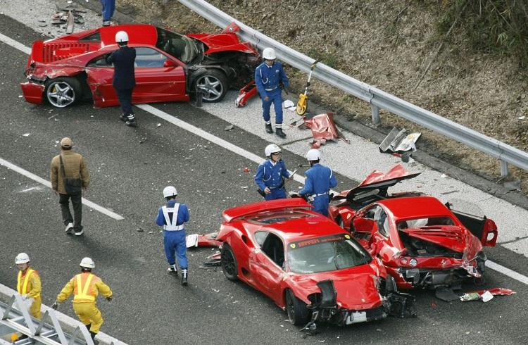 En Lüks Otomobillerin Pert Olduğu 10 Büyük Kaza