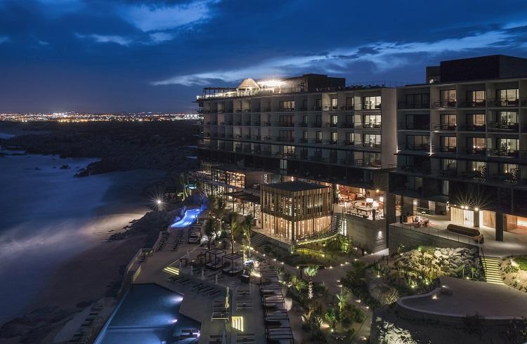 "Meksika Sahillerinin İncisi: ""The Cape Los Cabos Hotel"""