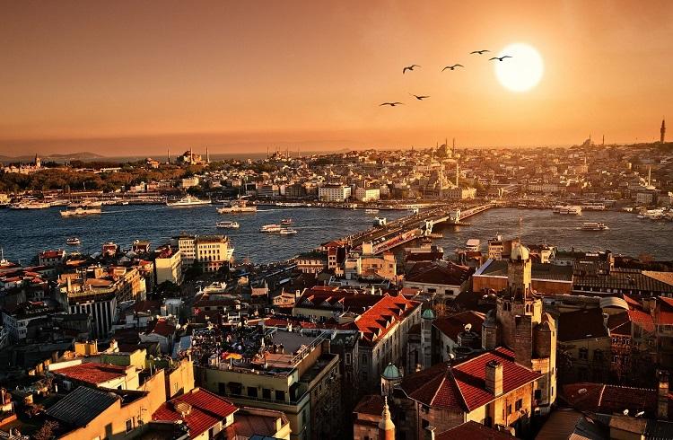 Türkiye Hem Zayıf Hem Kırılgan