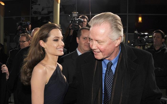Jolie ve Voight Ailesi