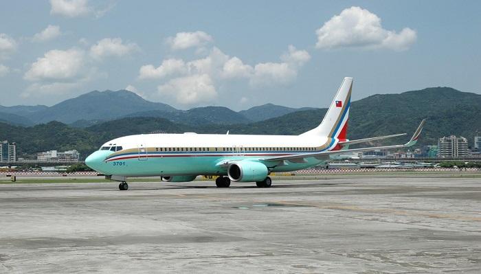 Boeing 737 - Tayvan