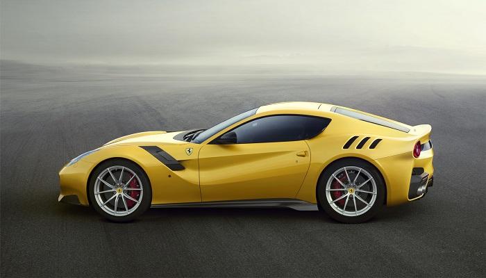 Ferrari'nin Yeni Canavarı F12 TDF