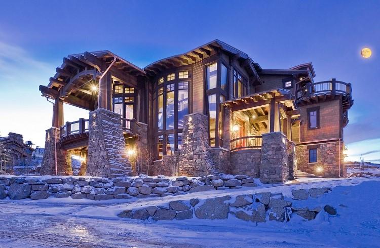 Kışın Tadını En Güzel Şekilde Çıkartacağınız Kiralık 10 Kayak Tesisi