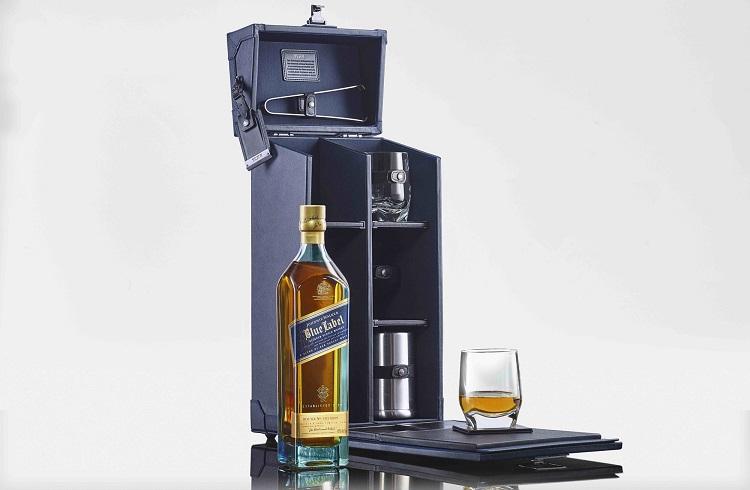 Tumi ve Johnnie Walker'in Ortak Tasarımı Viski Taşıma Çantası