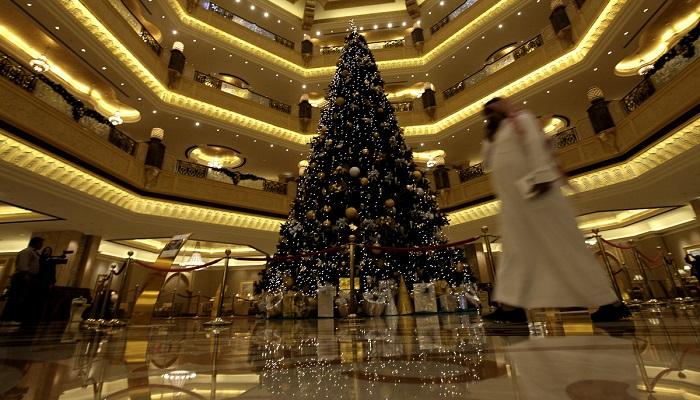 Emirates Palace Hotel'in Özel Yılbaşı Ağacı