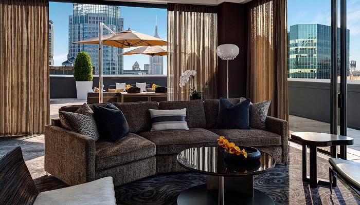 "New York'ta Romantik Gecenin Adresi ""Champagne Suite"""