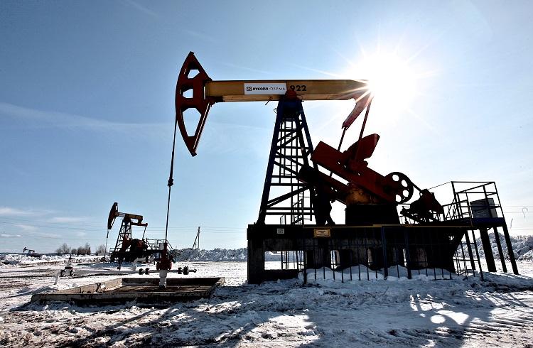 ABD'de Açıklanan Stok Verileri Petrolü Aşağı Çekiyor
