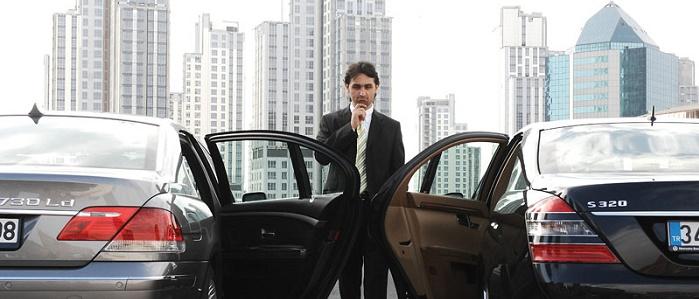 Başkalarının Arabalarını Kullanarak Özel Şoförlük Yapmak