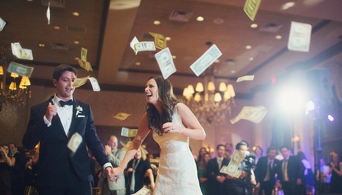 Düğün Organizatörlüğü Yaparak Ne Kadar Para Kazanılır?
