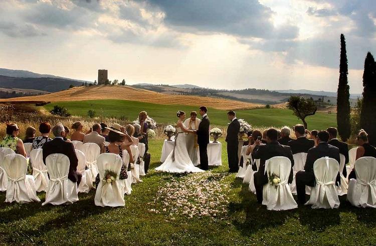 Düğün Organizatörlüğü Yaparak Para Kazanmak
