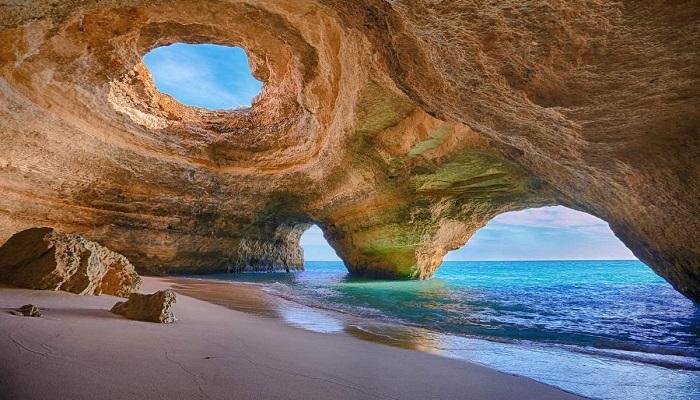 Benagil Deniz Mağarası - Portekiz