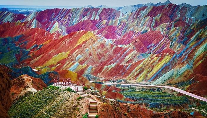 Gökkuşağı Dağları - Çin